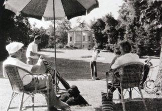 Poválečná idylka v Golf and Country Clubu Schloss Klessheim, tedy u zámku Klessheim v Salzburgu. Novodobá historie se píše od roku 1955, mezi slavnými hosty tu najdeme belgického krále Leopolda či americké prezidenty Geralda Forda či Richarda Nixona.