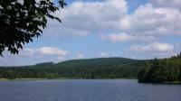 Javořice přes rybník Karhov u Klatovce