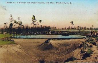 První hřiště Pinehurst bylo vybudováno v roce 1900, slavné Nr. 2 z roku 1907 je zachyceno na této pohlednici