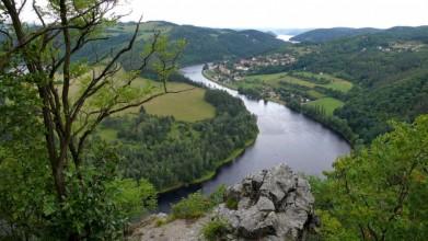 Pohled na obec Solenice pod Orlíkem