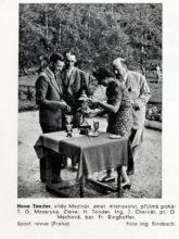 Hanno Tonder (vlevo) jako vítěz národního mistrovství v roce 1939