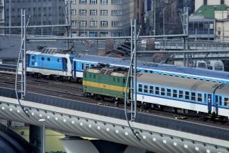 Nové spojení má čtyři koleje, takže tu mohou jet vlaky souběžně