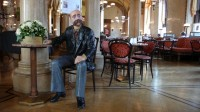 Café Central se sochou Petera Altenberga