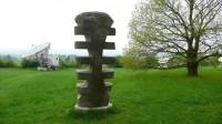 Jedna ze soch na výhledové louce