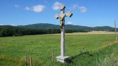 Kříž cestou do Holašovic