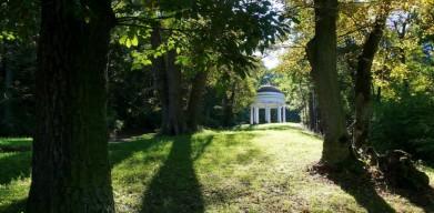 Gloriet v parku u zámku Krásný Dvůr na Žatecku