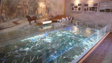 Model Schwarzenberského kanálu v muzeu v Jelení