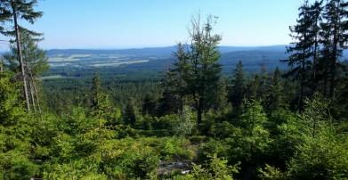 Výhled od Prahy, přes 850 m, směrem k jihu