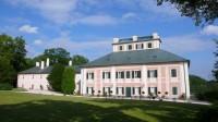 Letní zámeček Ratibořice v Babiččině údolí