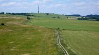 České středohoří je protkaní sítí polních cest i asfaltek