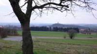 U Sobotky, v pozadí zámeček Humprecht